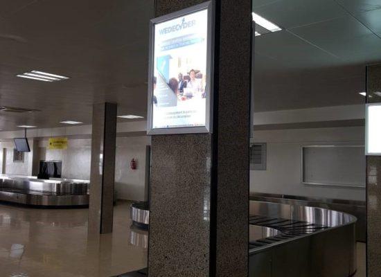 Présence publicitaire au niveau de l'aéroport international Hassan Djamous